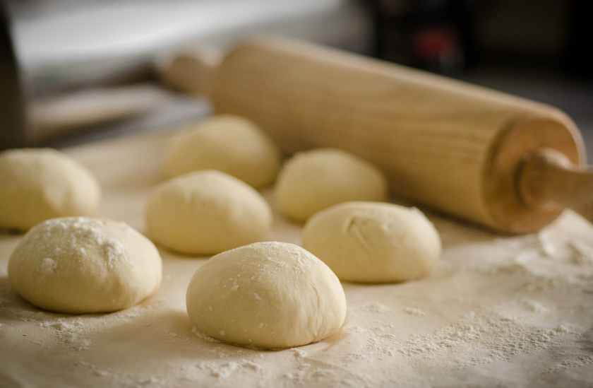pizza kitchen recipe rolling pin